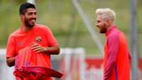 Messi shows off new look at training